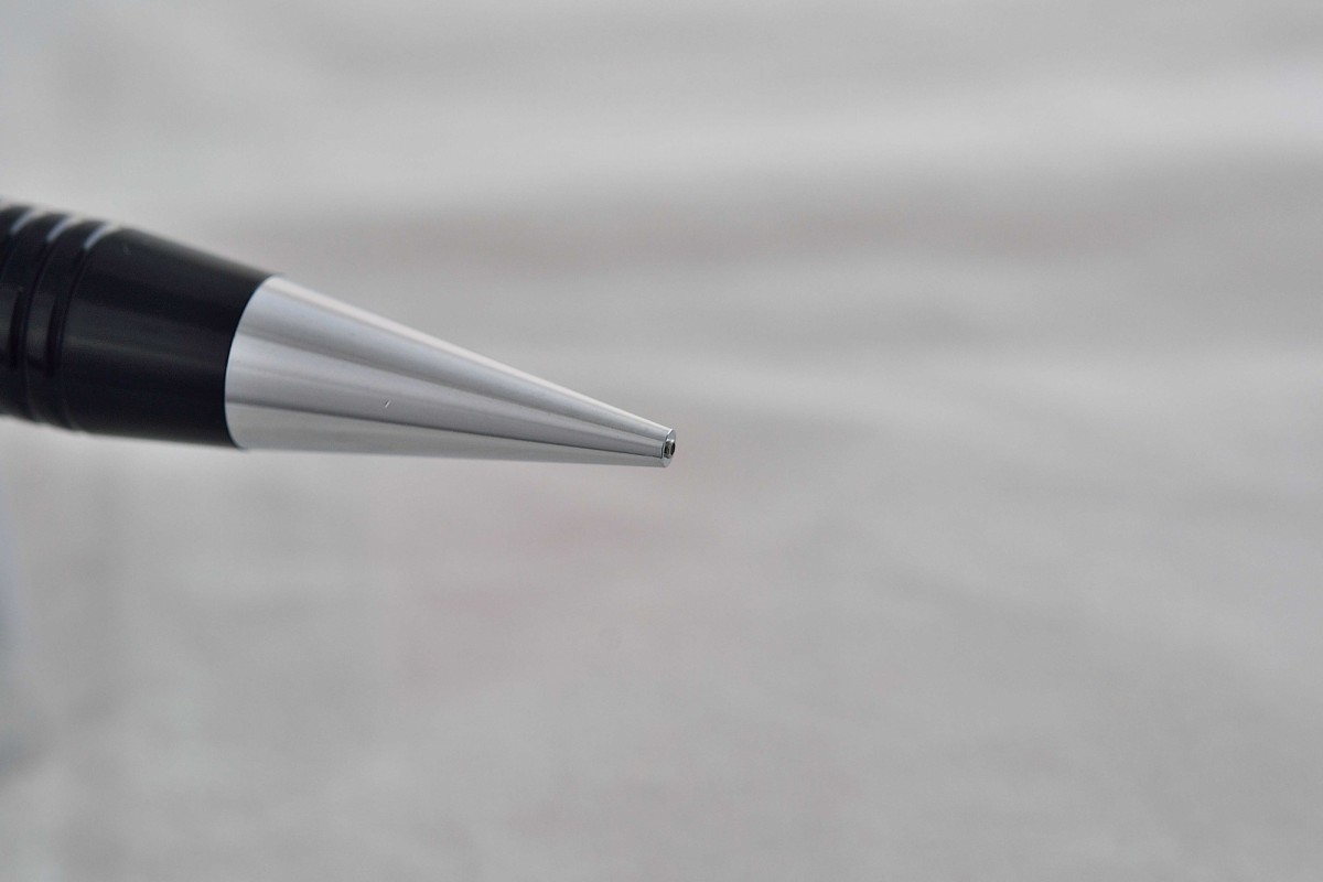"Pilot механический карандаш 0.5 мм HF-80R ""2020""."