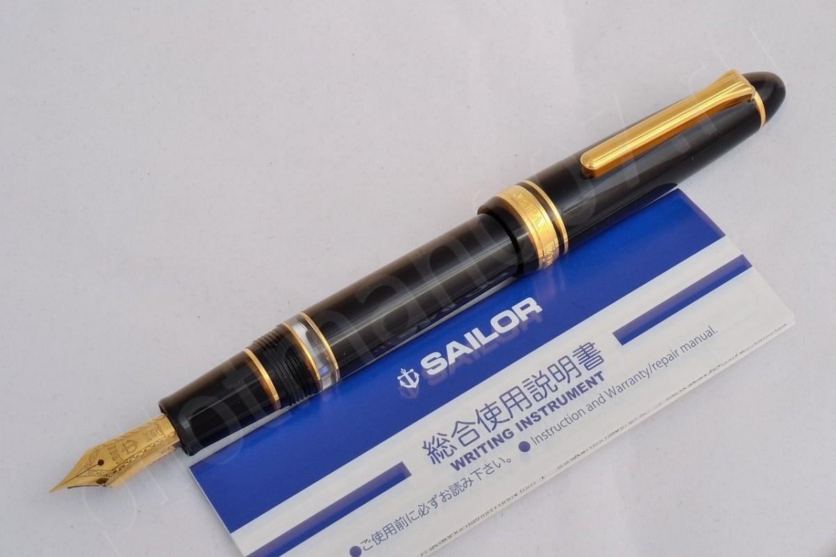 """Sailor перьевая ручка  1911 Profit """"REALO""""."""