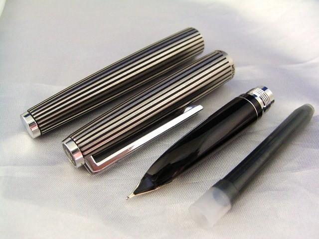 """Pilot перьевая ручка Custom """"Stripe""""."""