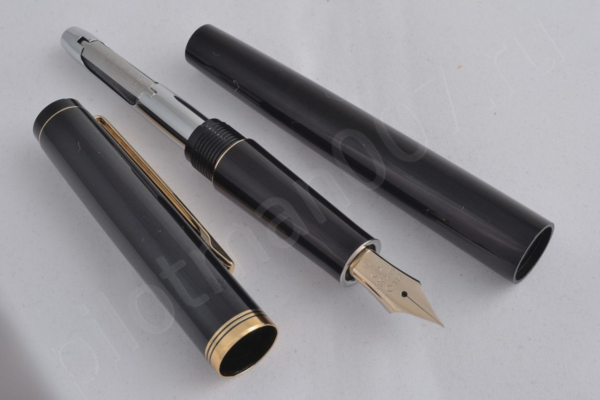 Pilot Fountain Pen FK-700R