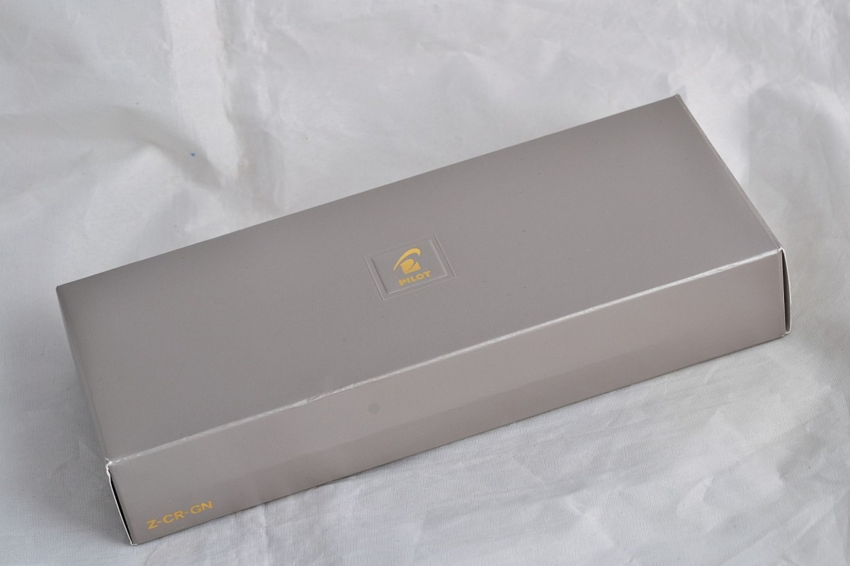Pilot подарочная коробка Z-CR-GN.