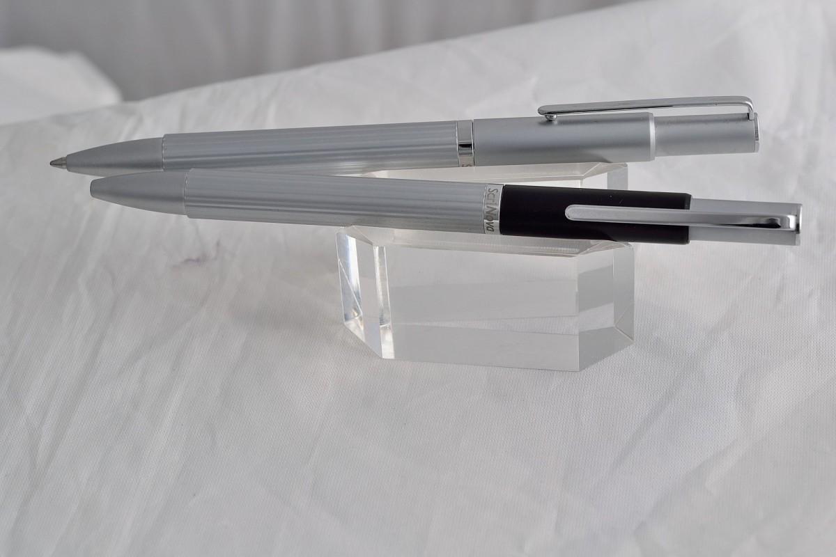 "Scrinova шариковая ручка ""Canelli Chromium""."
