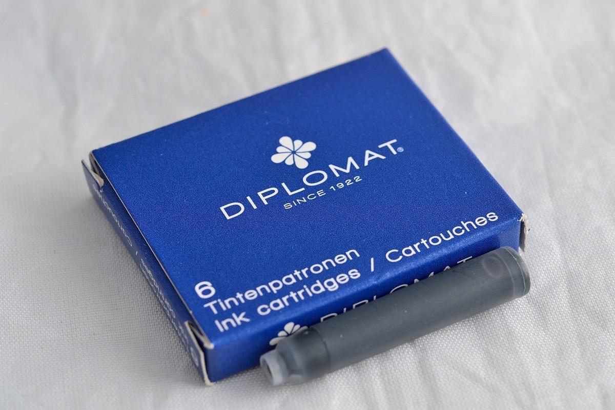 Diplomat набор чернильных картриджей.