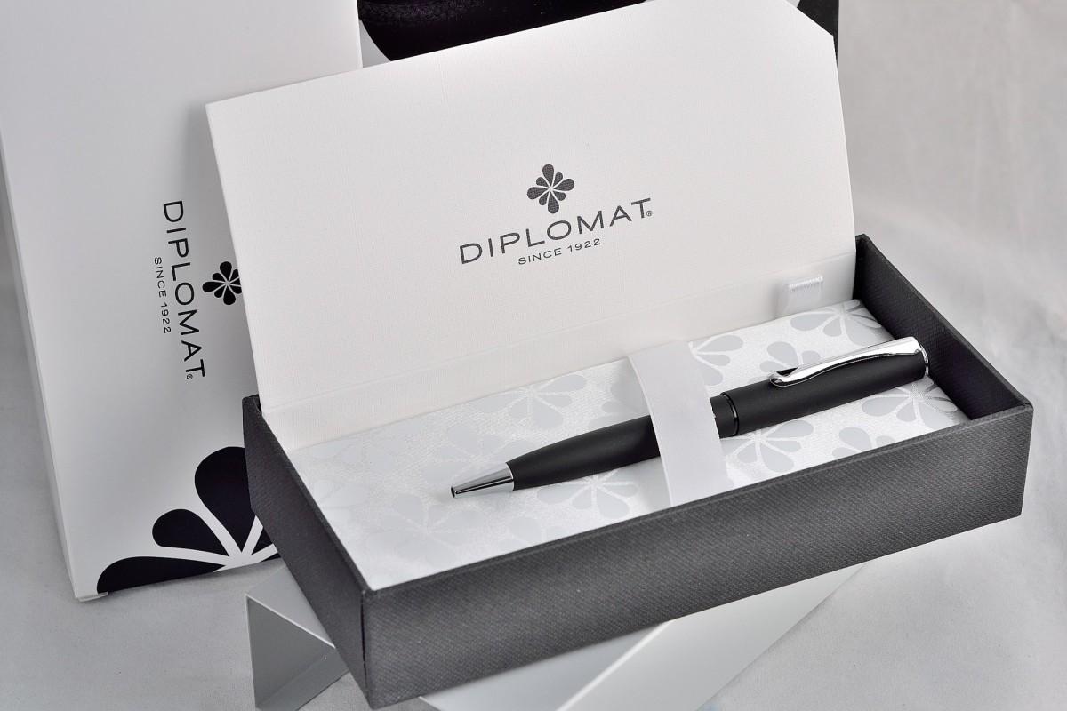 """Diplomat шариковая ручка """"ESTEEM"""" Black Matt."""
