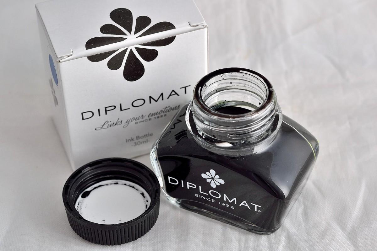 Diplomat чернила бутылированные 30 мл чёрный.