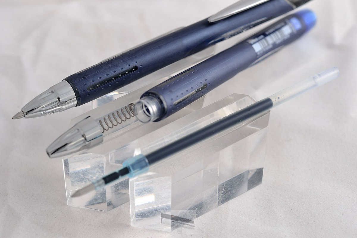 """Uni шариковая ручка SXN-217 """"Jetstream"""" синий."""