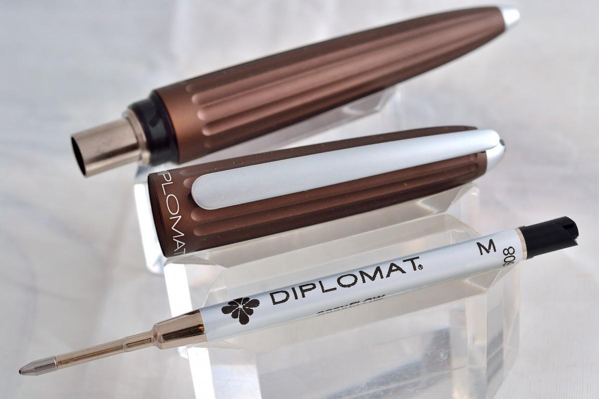 "Diplomat шариковая ручка ""AERO"" Brown."