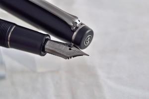 "Sailor перьевая ручка  11-3028 Professional Gear ""Imperial Black""."