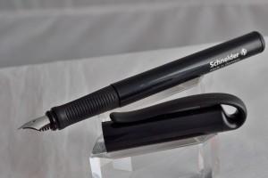 Schneider перьевая ручка.